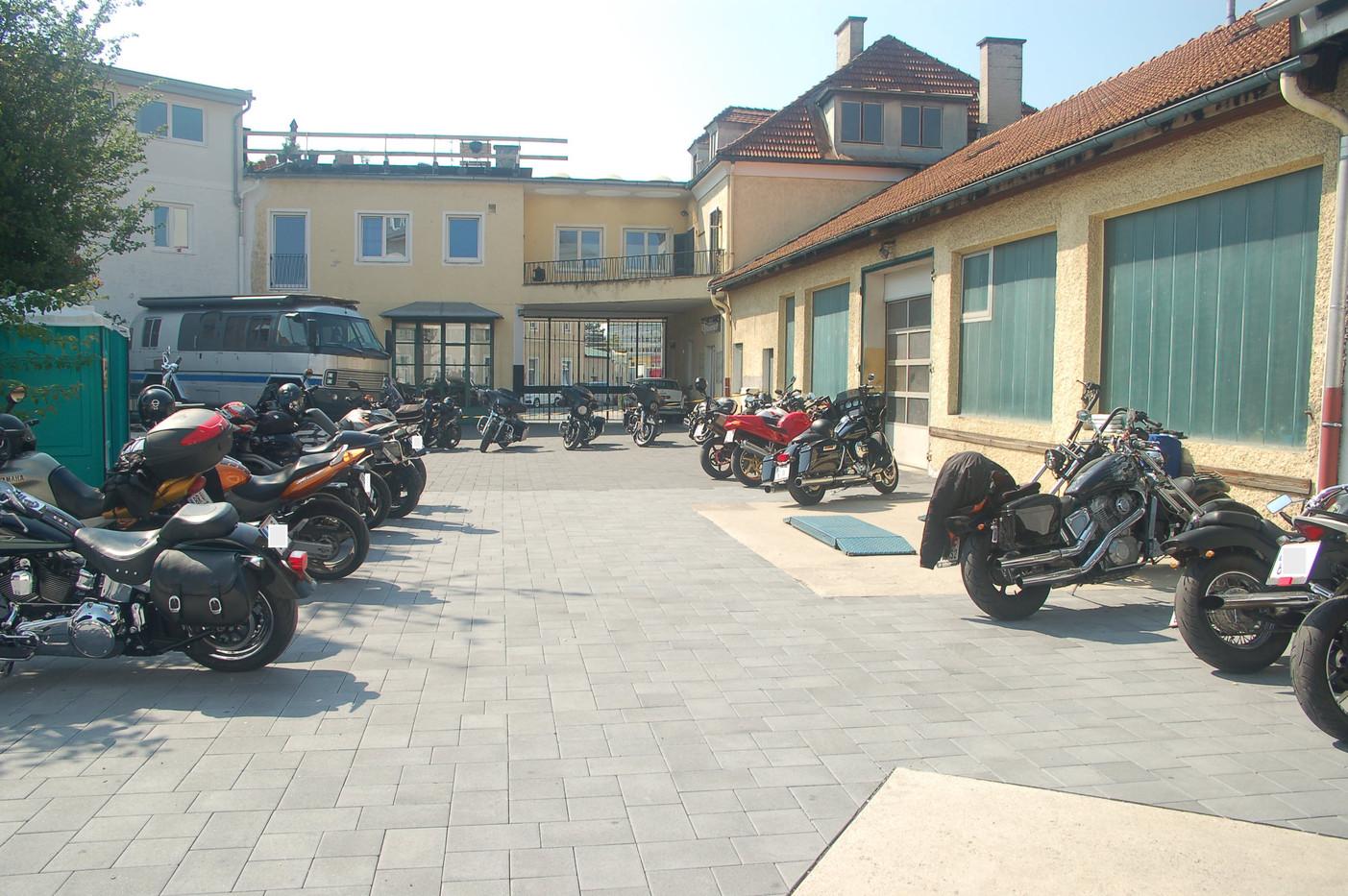 Sam's Garage Salzburg
