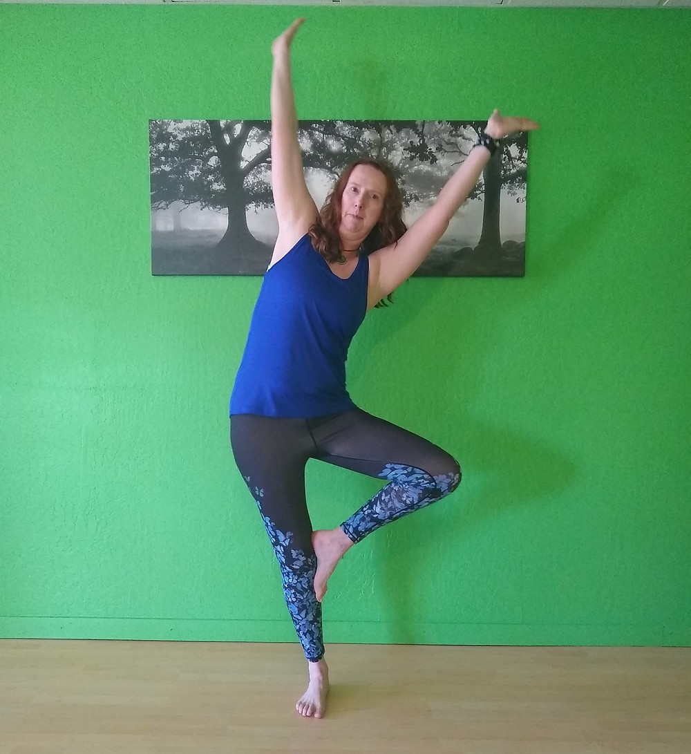 tree pose out of alignment