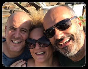 Ari com Efrat e Yaron.png