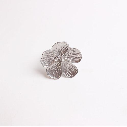 Silver Flower Napkin Ring