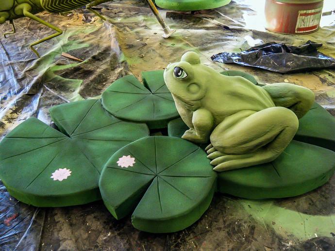 small frog.jpg