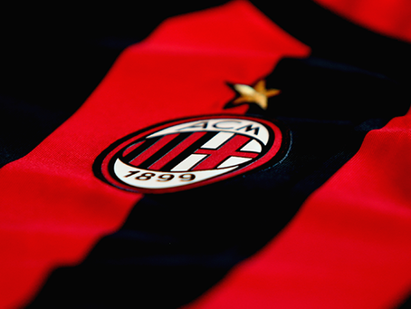 Milan i samtaler med ny venstreback