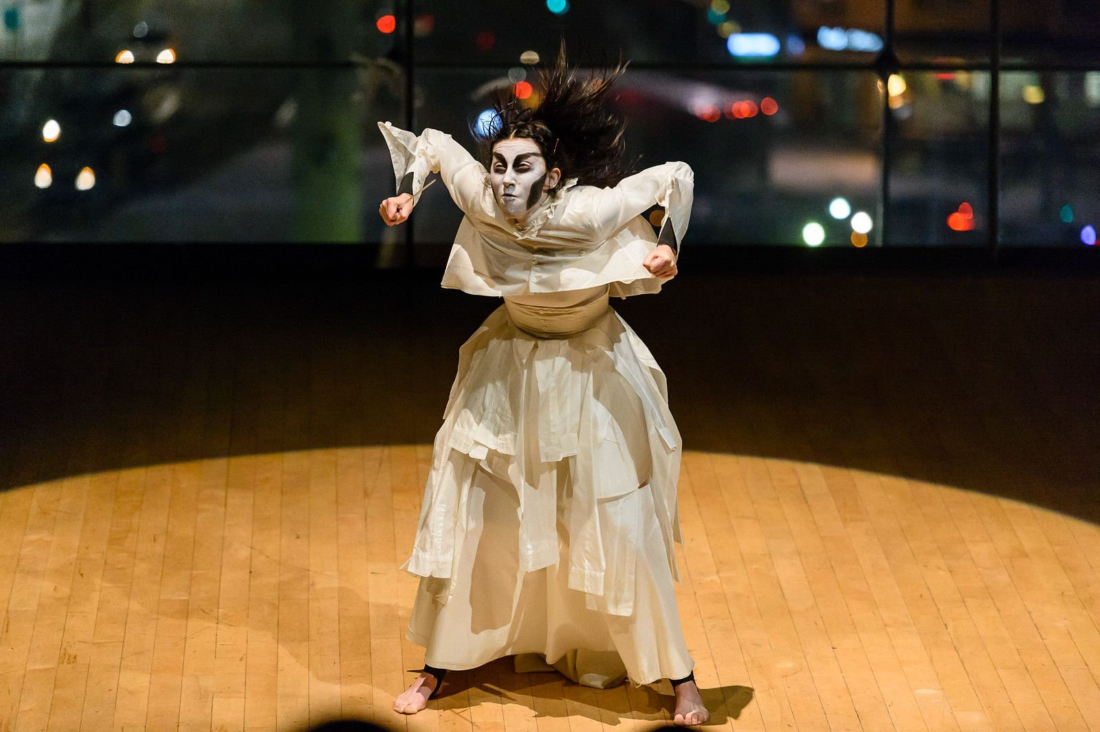 Vision/Visualization in Butoh