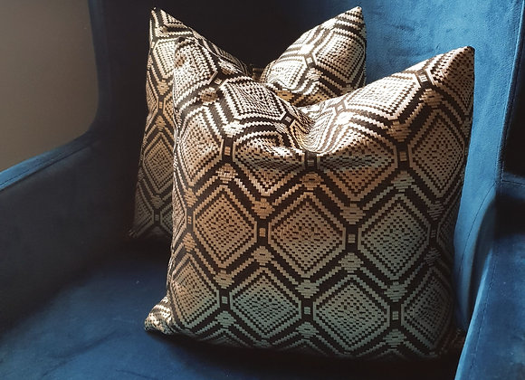 Diamond Jacquard Cushion Set