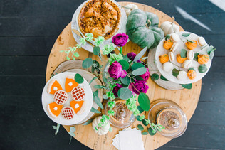 Friendsgiving Styled Shoot dessert table