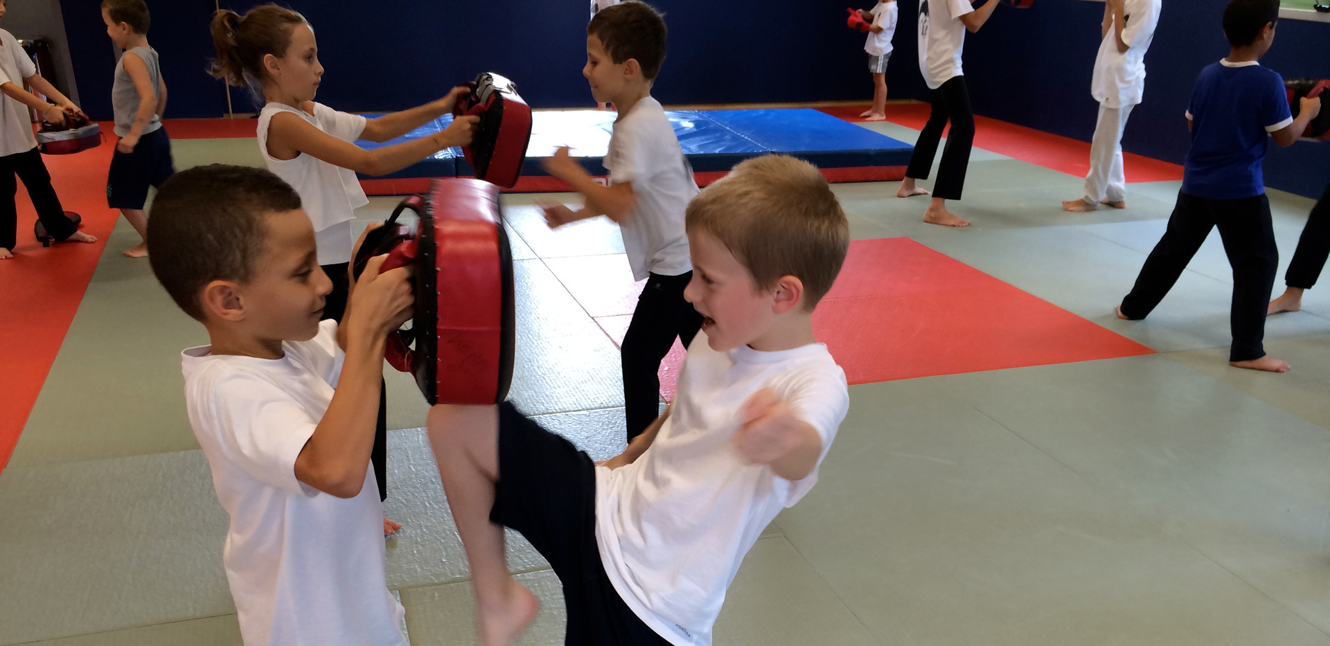 self defense enfant.jpg