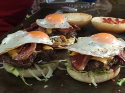 Burgers MrSauceZ