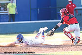 Lee reaches for the tag.jpg
