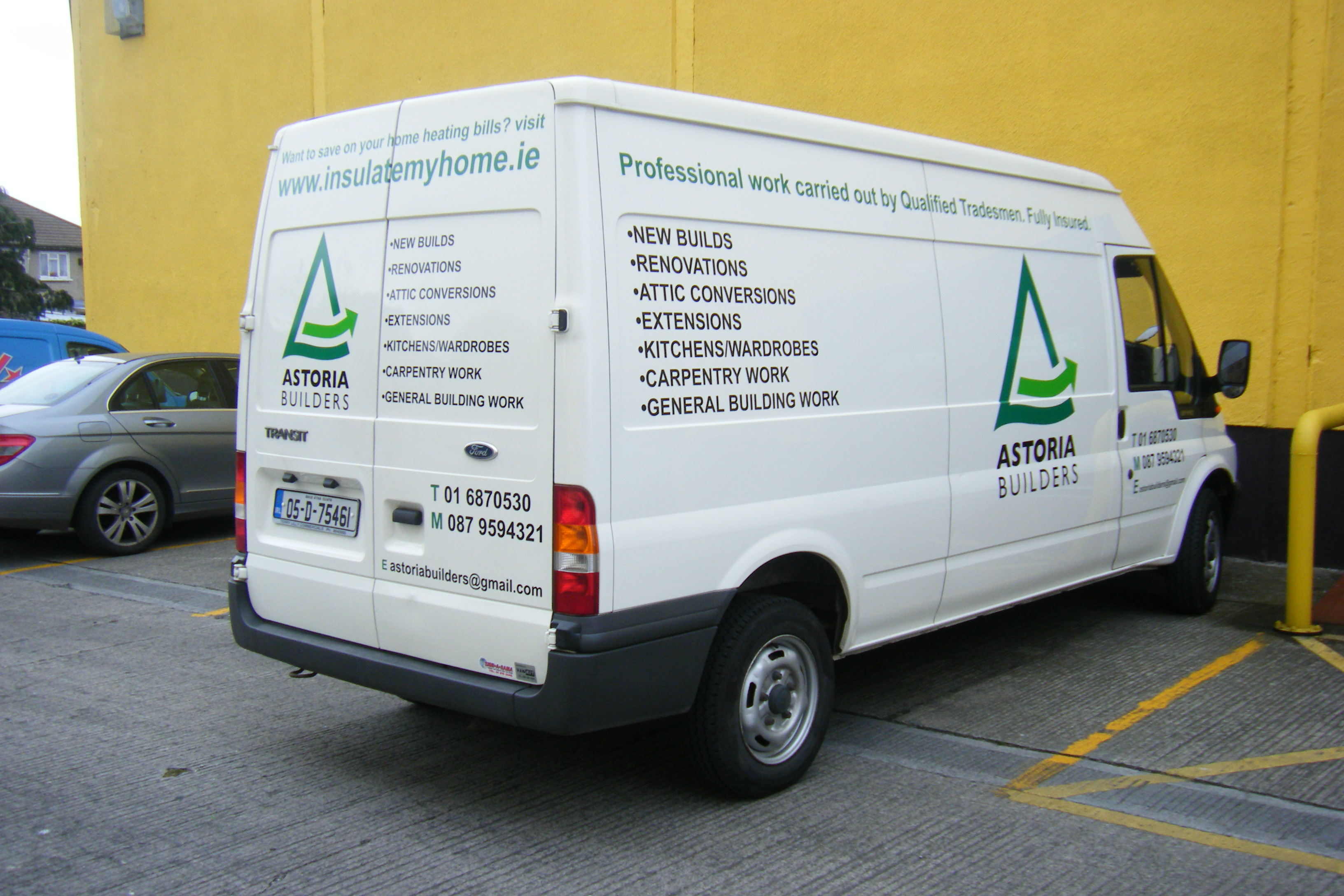 Vehicle Graphics_Simple Decal Logo & Bullet Points