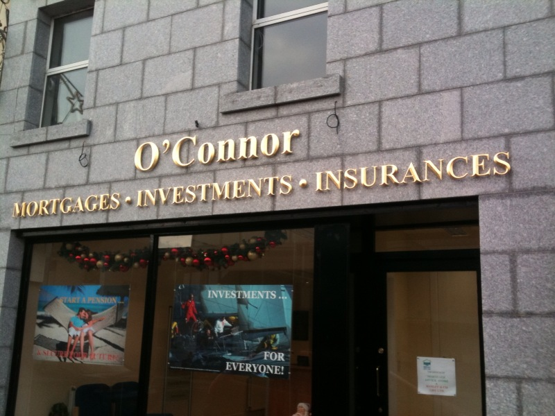 O'Connor Gold Lettering