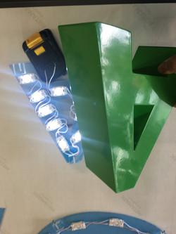 LED Nodules Creates Halo Illuminated Eff