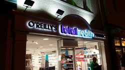 metal lettering total health
