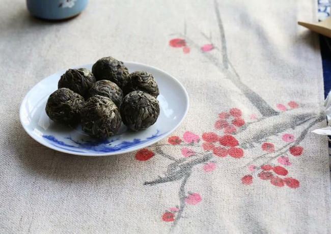 龍珠普洱茶.jpg