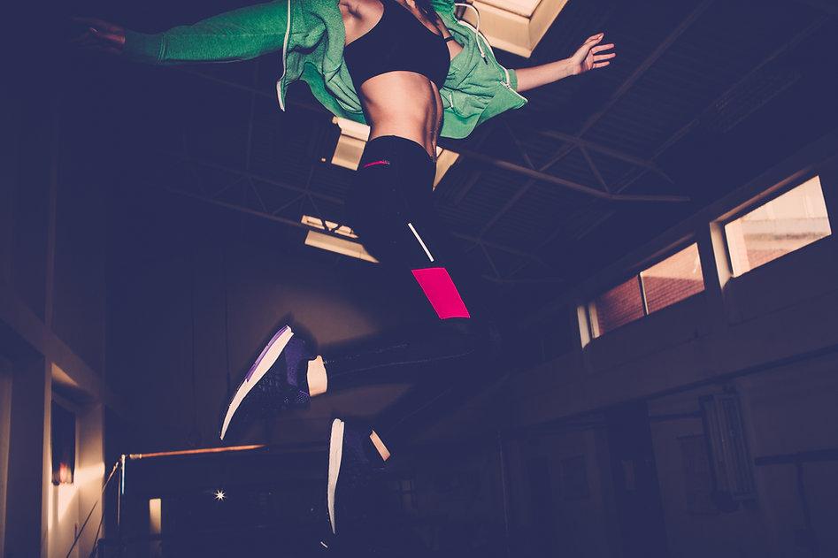 Mädchen-Springen