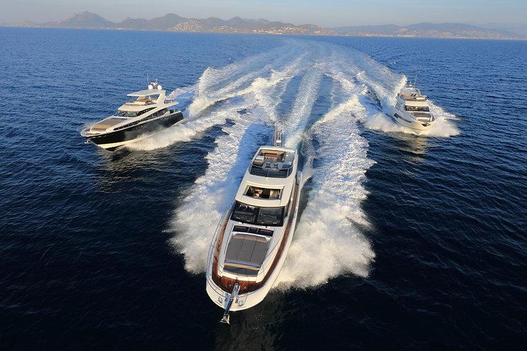 Prestige-Yachts-Range