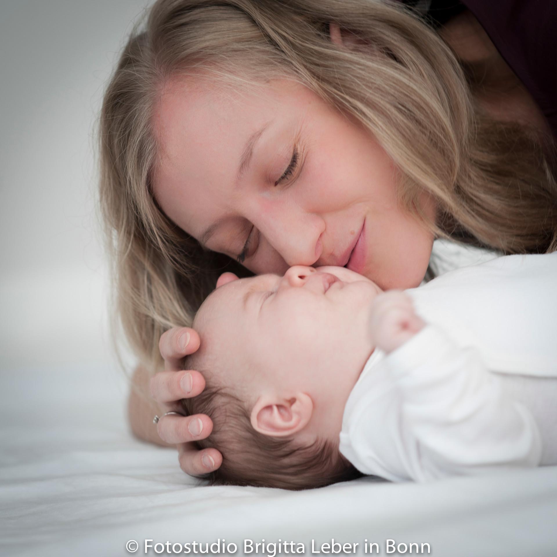 Babyfotos im Fotostudio Brigitta Leber