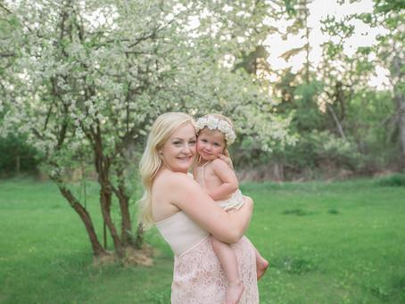 Dana Maternity ›› Stettler Maternity Photographer