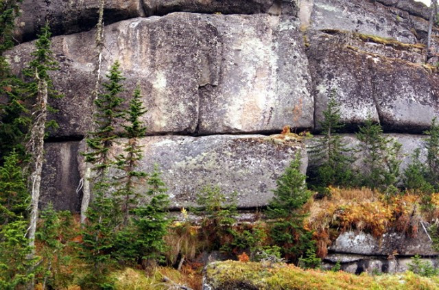 Immense megalithic blocks weighing thousands of tons in Siberia. (Georgy Sidorov)