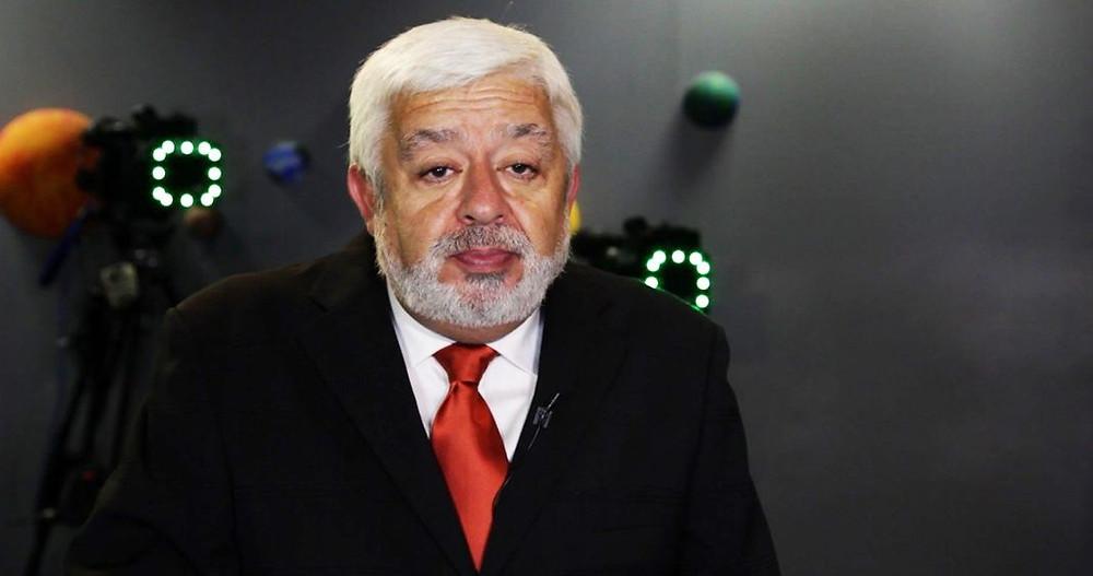 UFO researcher Jaime Maussan