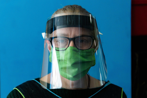 COVID19 Faceshield VIVA Lab