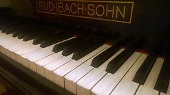 Tatstatur Klavier.jpg