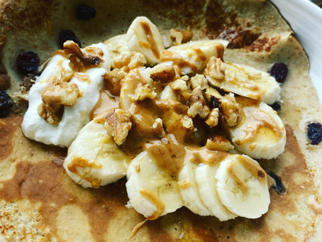 Banana, nut and maple syrup pancakes