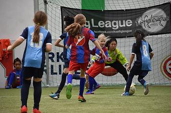 Käfig League Mädchen Fußballturnier