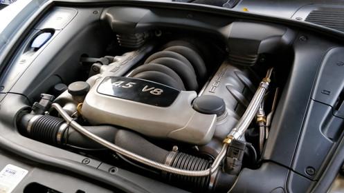 Porsche Cayenne 4.5 S 340CV de 2004 (955 V8 atmosphérique)
