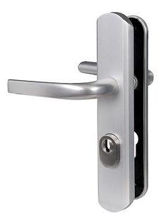 schimbat/inlocuire/manere/usi/usa/metalice/termopane/aluminiu/lemn