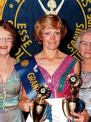 1994 Lorraine Howell