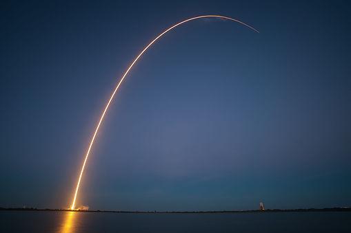rocket-launch-693236_1920.jpg