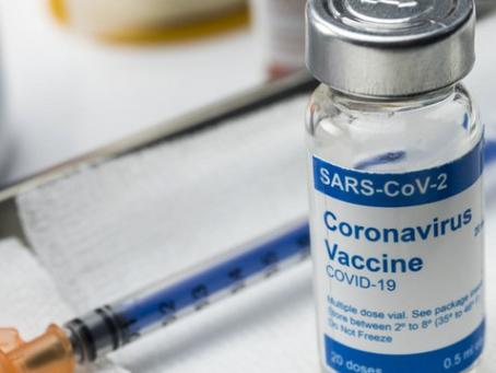 Projeto obriga planos de saúde a custearem vacinação de clientes durante pandemia