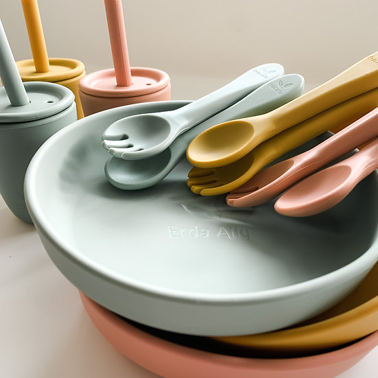 Suction Plate Bundle with Training Cup and Matching Fork and Spoon