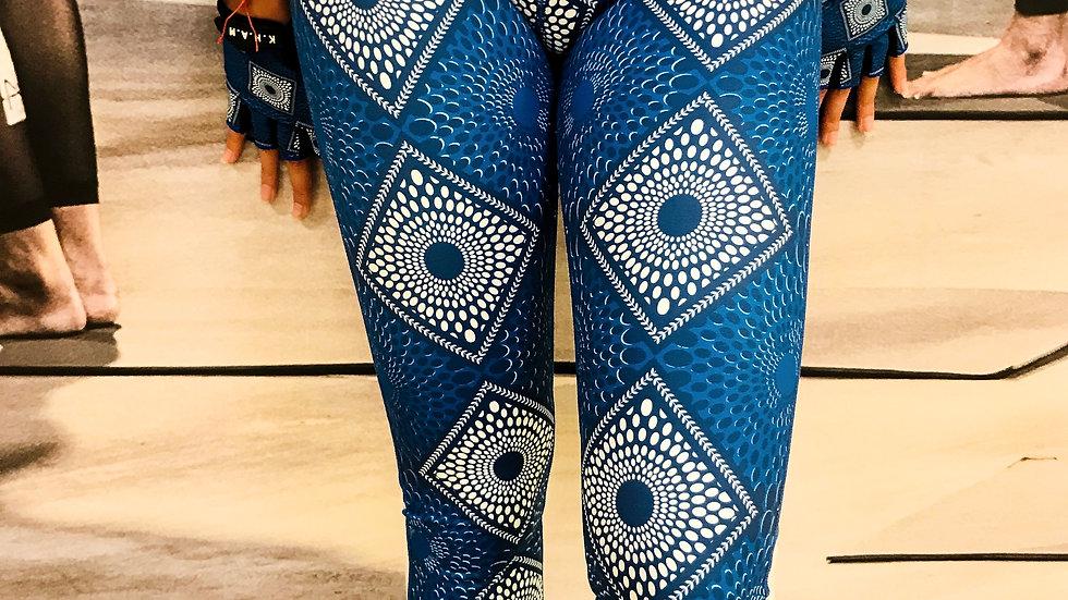 ATIFAH Cropped Pants