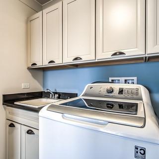 Belleview Latte Laundry 3.jpg