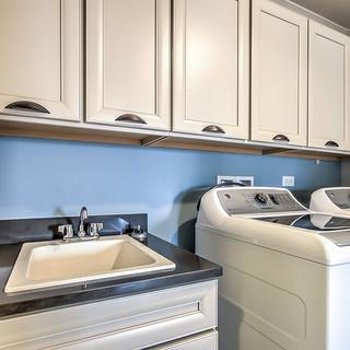 Belleview Latte Laundry 2.jpg