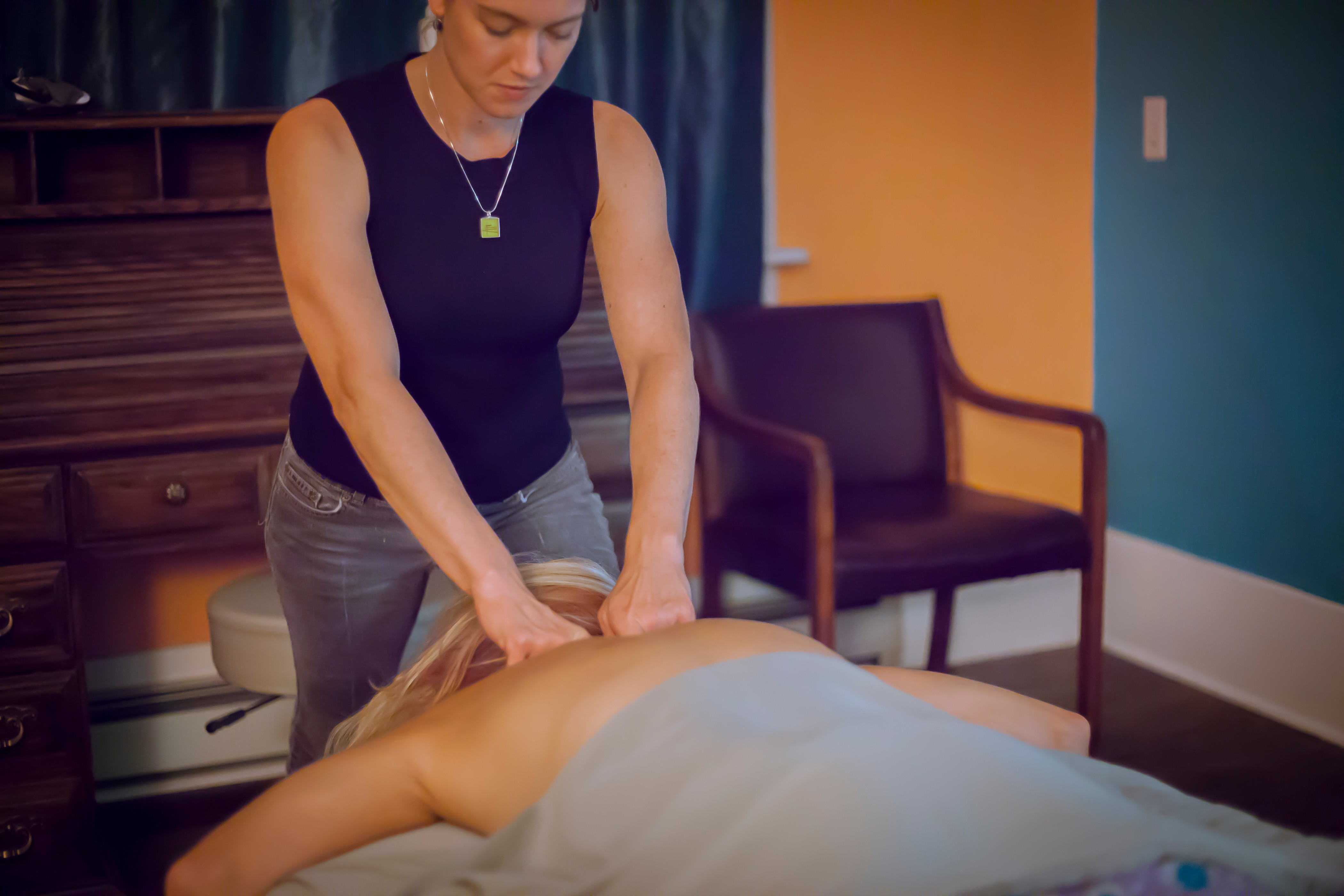 60 Minute Therapeutic Massage