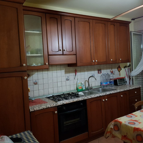 Angoliera cucina moderna cheap gicos vetrina moderna in legno rovere ante xx with angoliera for Placcaggio cucina moderna