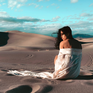 Flowy dress and sand dunes photoshoot