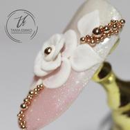 Tania Emiko - Nail Arts