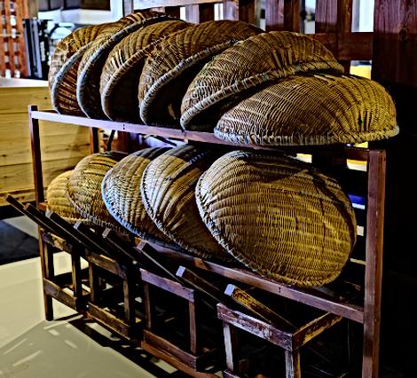 Bamboo colanders and the stands.png