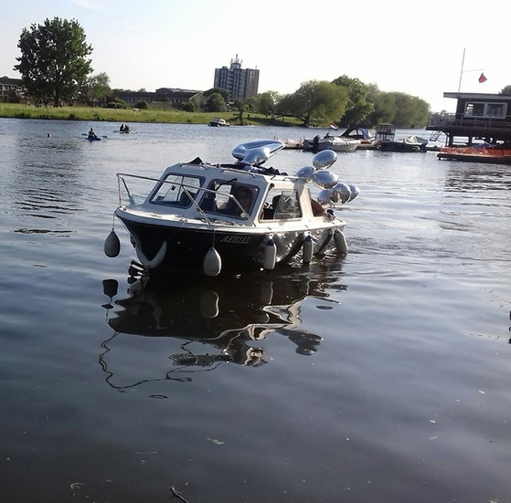 Birthday Celebrations on a Dayboat