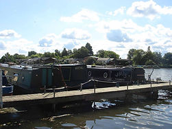 Hampton Ferry Boathouse moorings for narrowboats