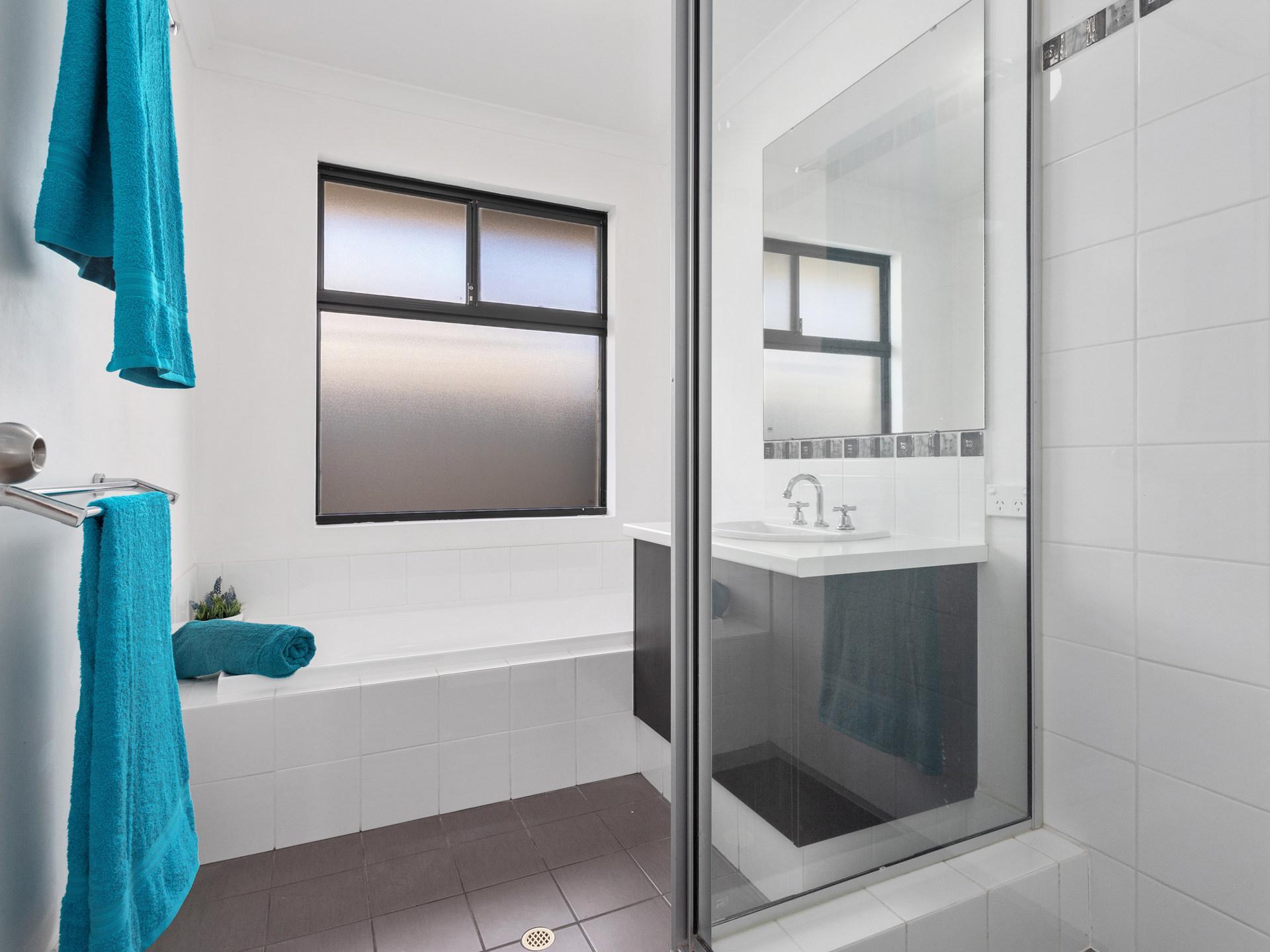 Room 2 3 4 Wentworth Bath