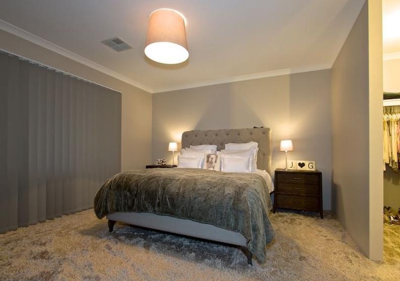 Room 1 Juncea