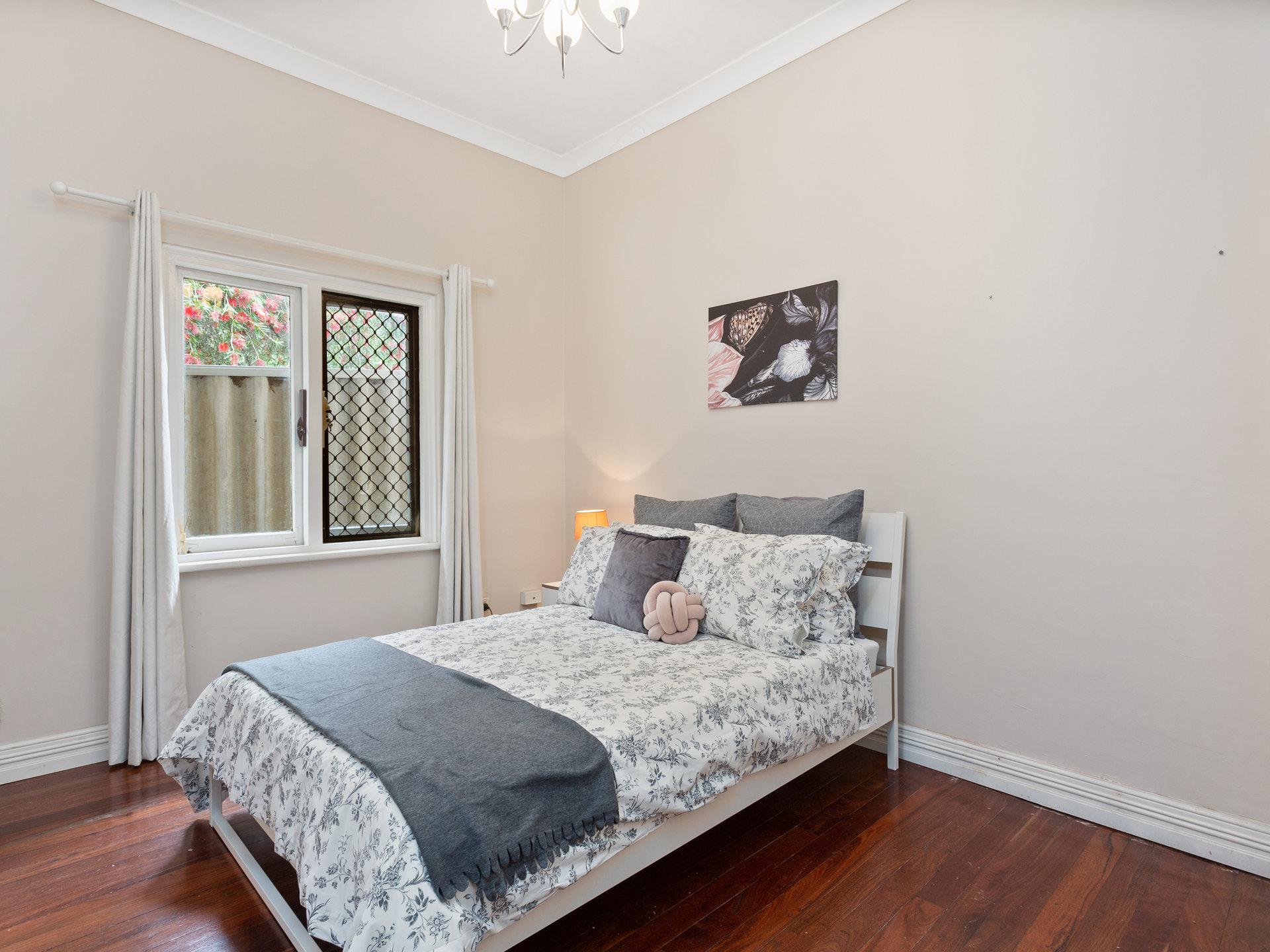 ROOM 2 Guildford Road, Bayswater 05