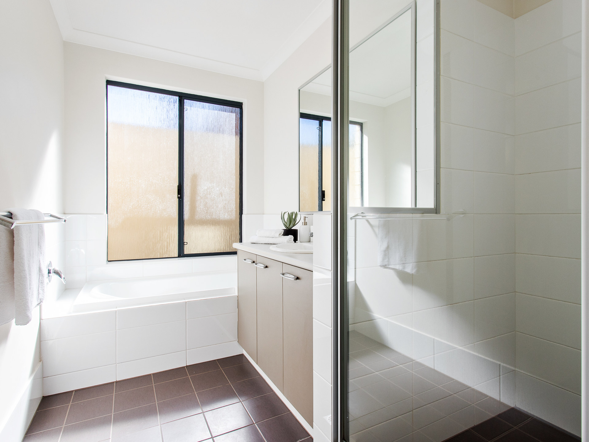 Room 2 3 4 Rockingham Bath