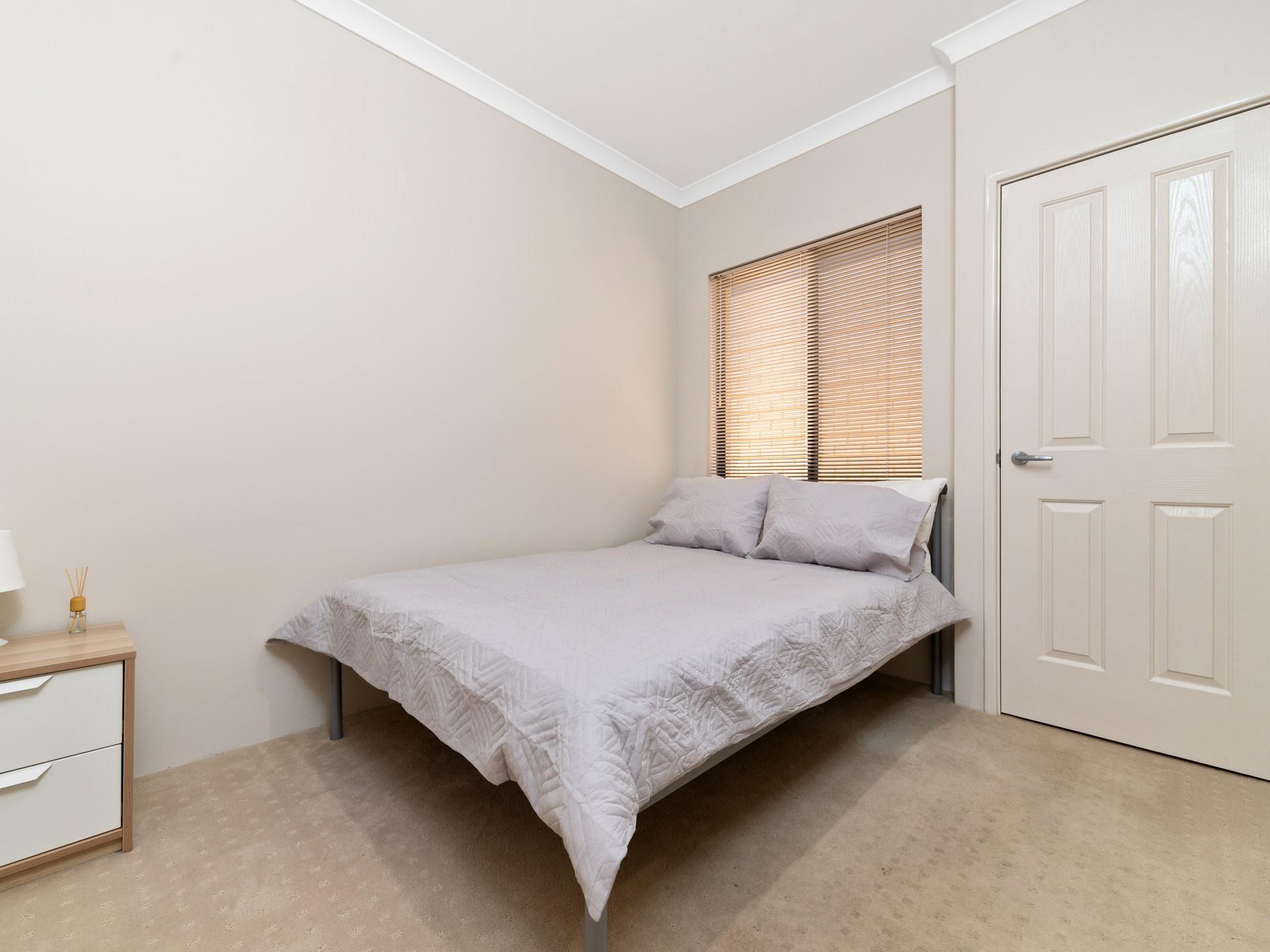 Room 2 George