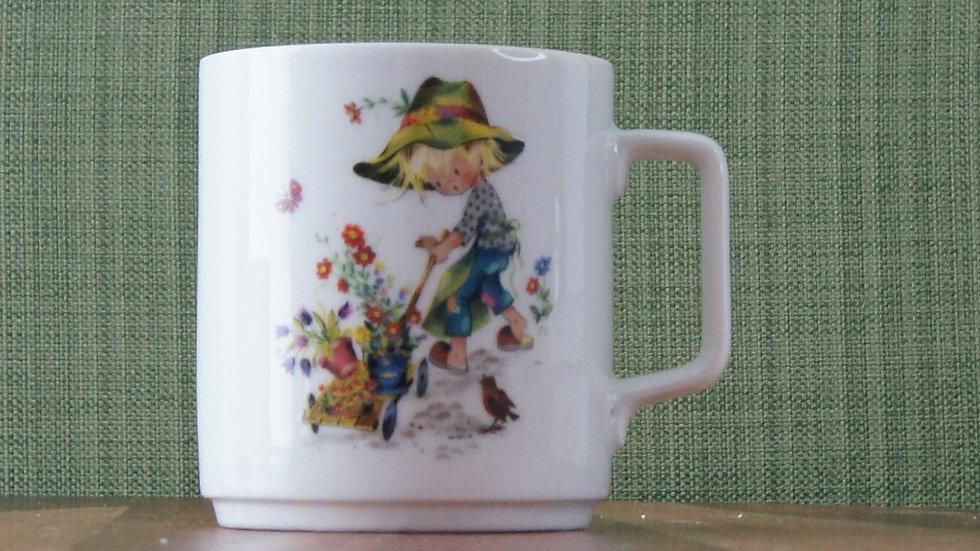 Schirding Bavarian Porcelain Tea Cup