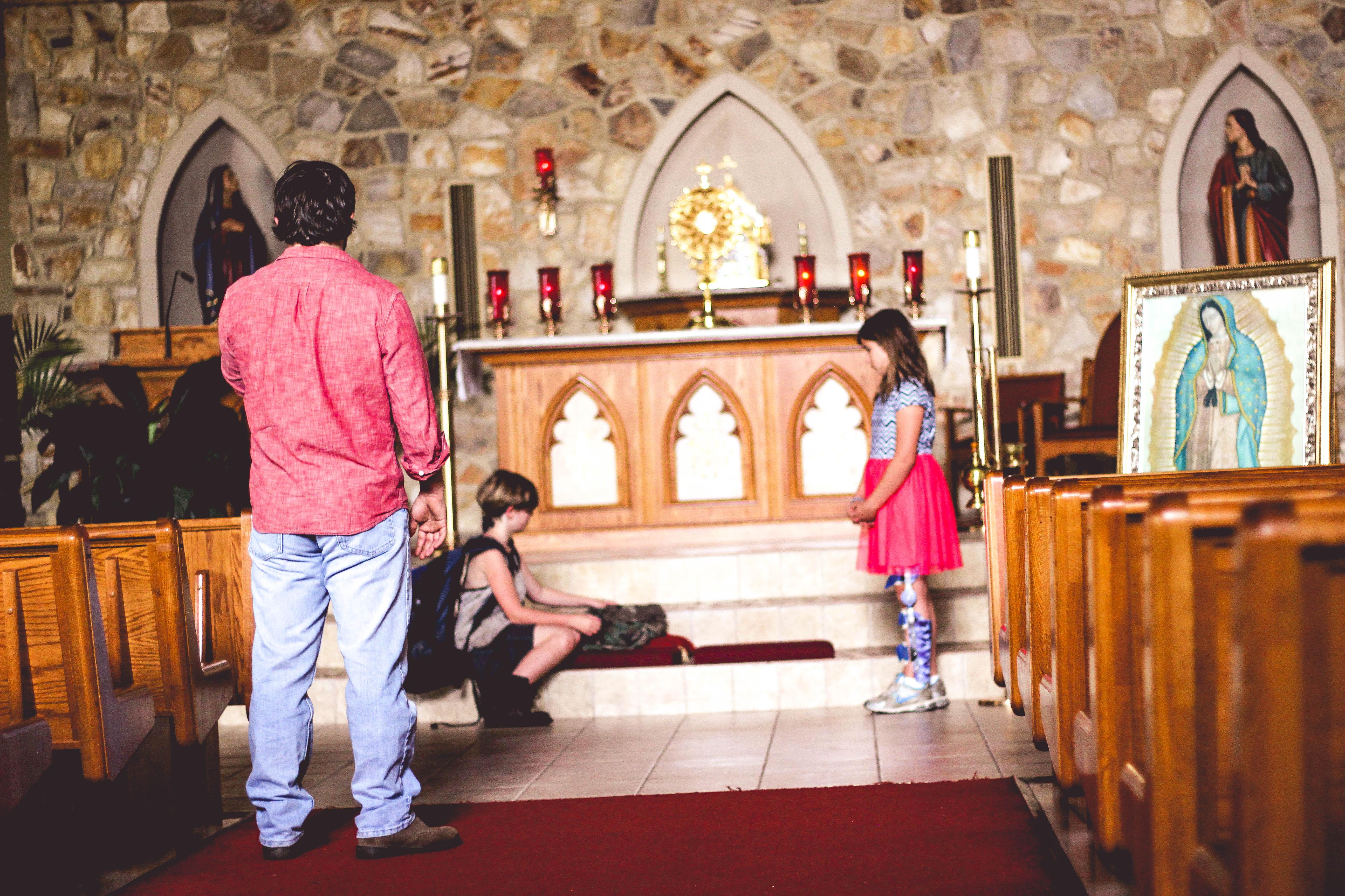 Mise en scène (Éric Rohmer, Pray For Us)